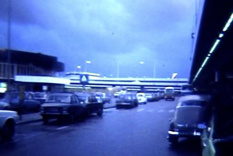 Bewegend Verleden: Vertrek van Schiphol, 1977 [video]