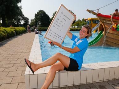 Campagne om imago zwembaden Zwaag en Hoorn te verbeteren