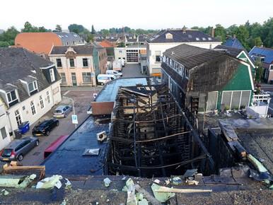 Zo verwoestend was brand in loods Krommenie [video]