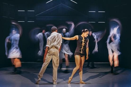 Nederlands Dans Theater is een fascinerende Wunderkammer