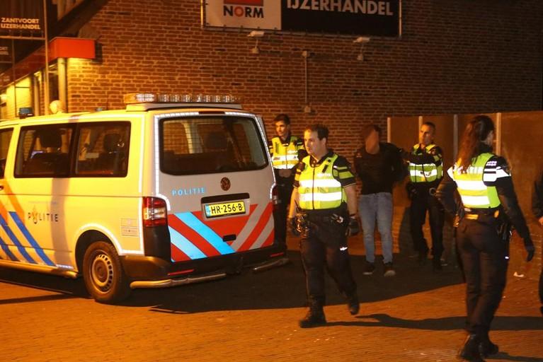 Aanhoudingen en gewonden bij ruzie in discotheek Zandvoort