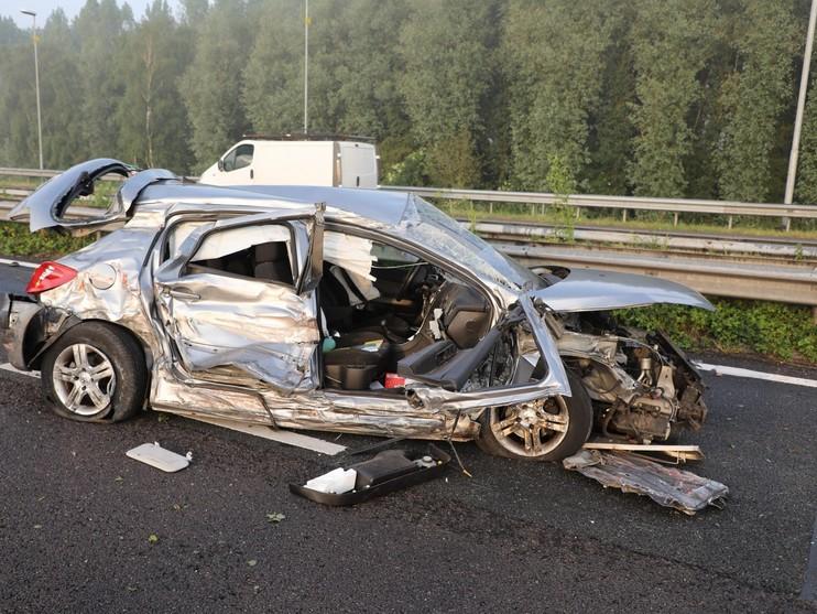 Verkeerschaos op A9 na ongelukken [video][update]