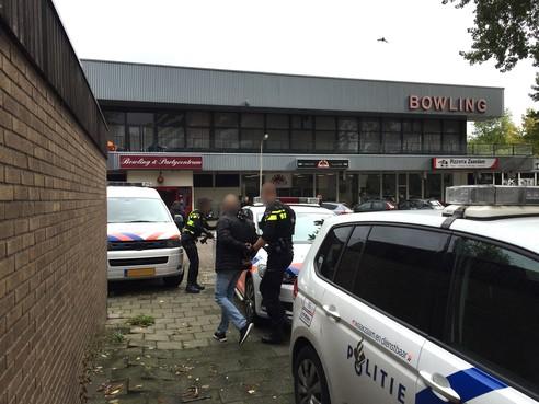 Man geboeid afgevoerd na incident in flat Bergblauwstraat Zaandam