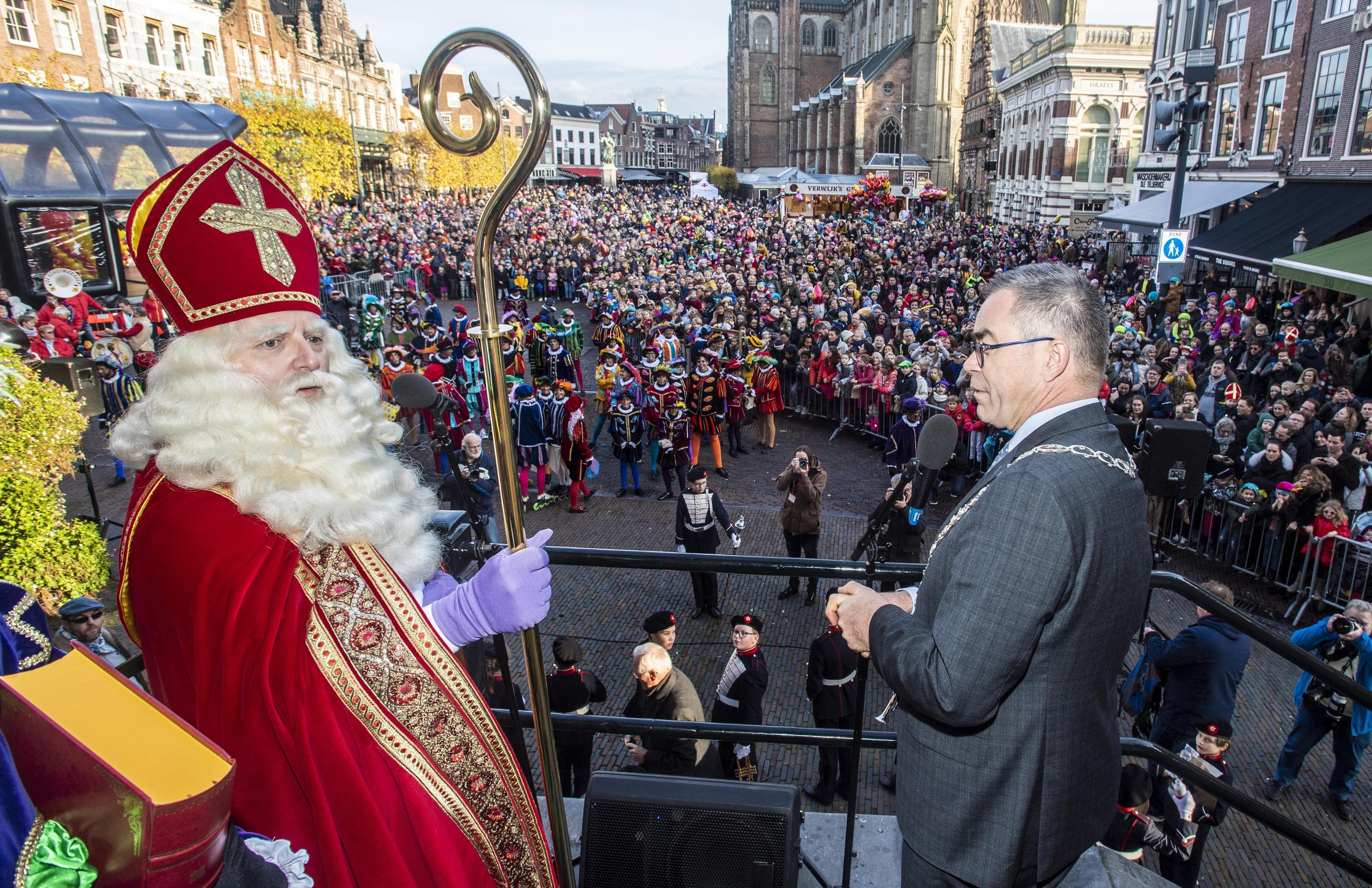 Sinterklaas brengt de zon mee naar Haarlem - Noordhollands Dagblad