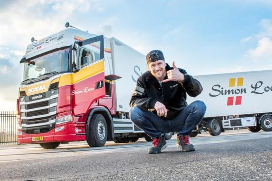 Schitterønt: deze vloggende trucker uit Schagen wordt overal in het land herkend [video]