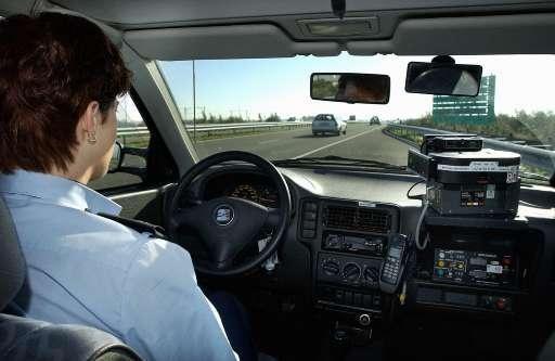 Snelheidsduivel rijdt 181 km/u over de N207