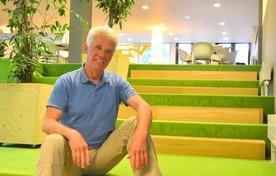Docent Hans-Jan Kuipers heeft het naar zijn zin bij InHolland.