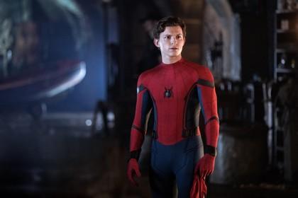 Filmrecensie: 'Spider-Man trotseert gevaren van menselijke machtswellust' [video]