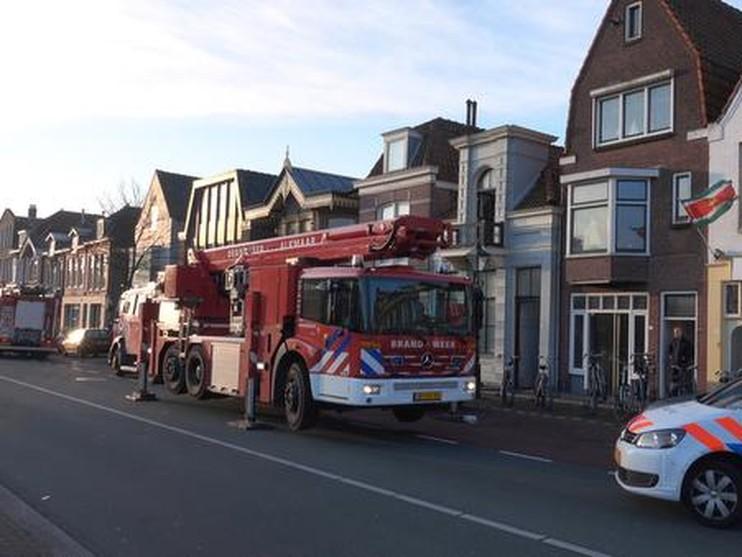 Brandweer ramt woning met kleine wietplantage open, bewoners verrast