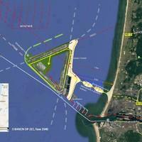 De situatie met drie banen, een terminal, haven en recreatie voor de kust van Wijk aan Zee