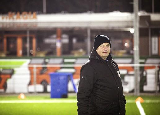 René Ras juiste trainer voor dorpsclub Kagia