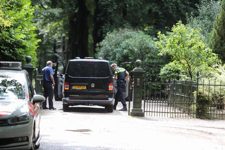 Klopjacht na inbraakpoging in Soest duurt voort, een persoon aangehouden na achtervolging [update]