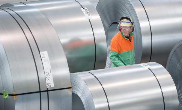 FNV Metaal eist voor Tata Steel 5 procent erbij