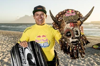 Noordwijker Langeree is de 'koning' van de extreme kitesurfers [video]