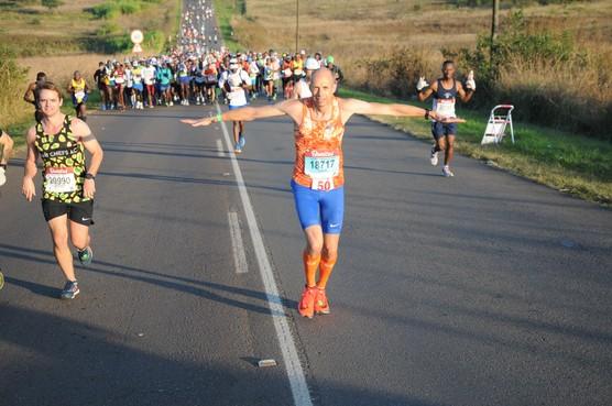 Medemblikker Gert Brienne loopt loodzware Comrades Marathon in Zuid-Afrika voor tweede keer