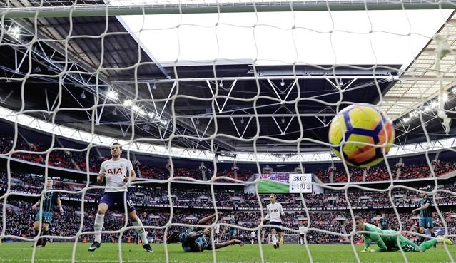 De fans van Tottenham Hotspur voelen de pijn van de AZ-supporters: 'Het was vreselijk'