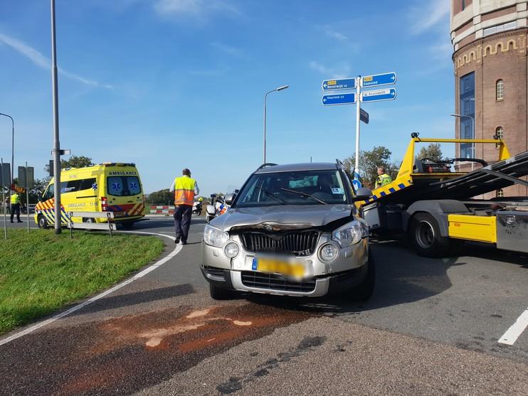 Twee gewonden bij aanrijding in Assendelft