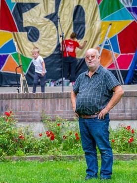 Horecaman in hart en nieren Hans Dekker (65): 'Ik hou echt van mensen, maar dronkenlappen krijgen een chagrijnige kop'