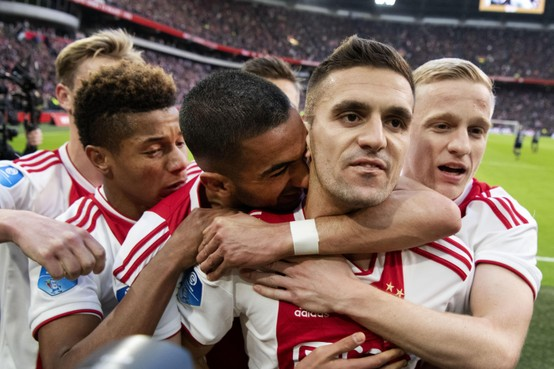 Tadic als speler én trainer nog lang bij Ajax