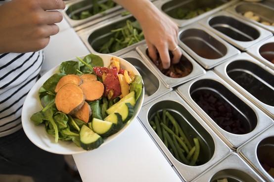 Jac. P. Thijsse College in Castricum maakt de kantine gezond en krijgt er een prijs voor