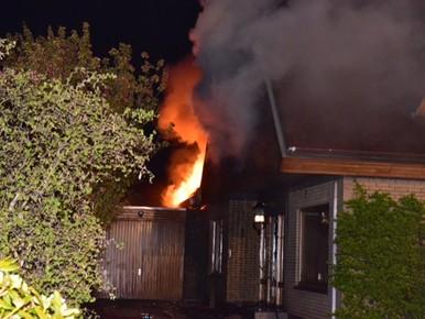 Grote brand verwoest leegstaande woning in Boskoop