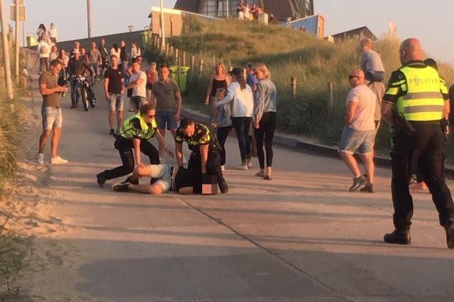 Aanhoudingen wegens overlast bij strandfeest Bloemendaal aan Zee