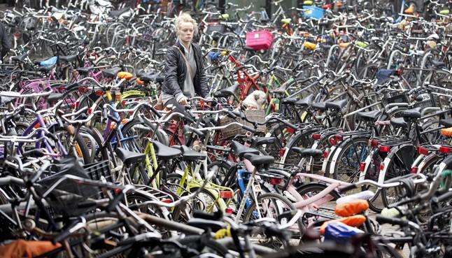 Stadsbestuur verving parkeergarage in bioscoopplan voor fietsenkelder