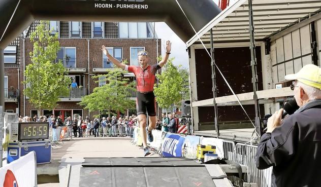 Polderse Kwartje Triatlon wordt mogelijk run bike run, door negatief zwemadvies vanwege kwaliteit water in Oude Veer