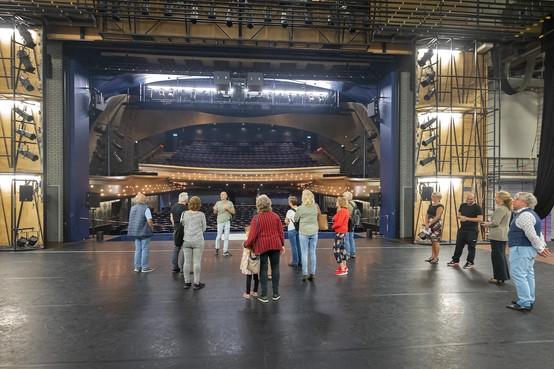 Stadsschouwburg Velsen druk bezocht tijdens Monumentendag
