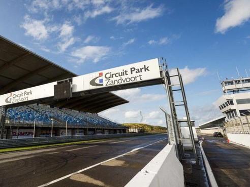 Verstappen, Ricciardo en Coulthard gelijktijdig op circuit Zandvoort