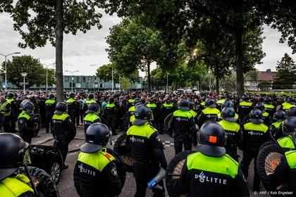 Tien betogers tegen Pegida opgepakt