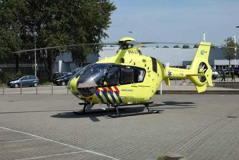 Motorrijder ernstig gewond bij ongeluk in Zaandam [video]