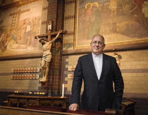 Eric Fennis verlaat zijn gezin voor priesterschap