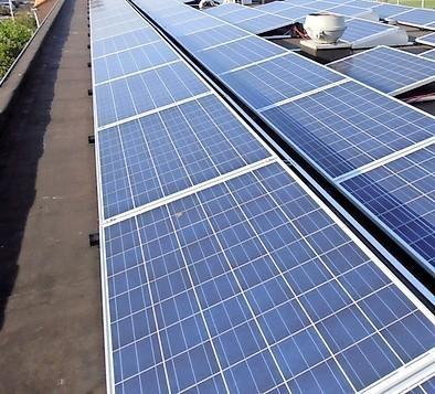 Wethouder Mulder gaat 'challenge' zonnepanelen aan