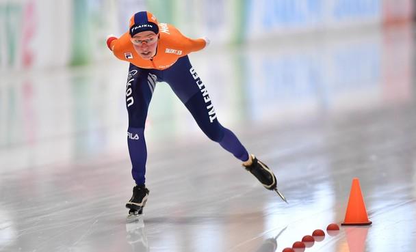 WK-Zilver voor Esmee Visser op 5000 meter: 'Huil niet, je hebt geweldig gereden'