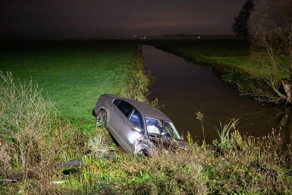 Trucker ontdekt gecrashte auto langs A1 bij Baarn, beschonken bestuurder aangehouden - Noordhollands Dagblad