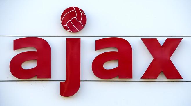 Twijfelgevallen Ajax reizen mee naar Londen