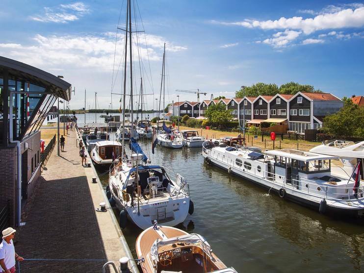 Grote Sluis Spaarndam dicht voor pleziervaart