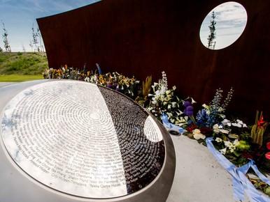 Nabestaanden herdenken MH17-vliegramp