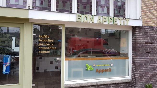 Wiet boven failliete broodjeszaak Bussum