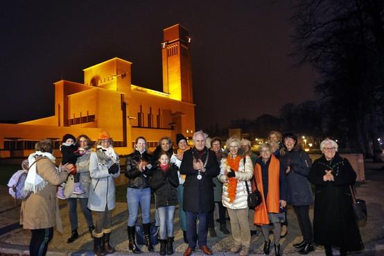 Raadhuis Hilversum speciaal verlicht voor Orange the World