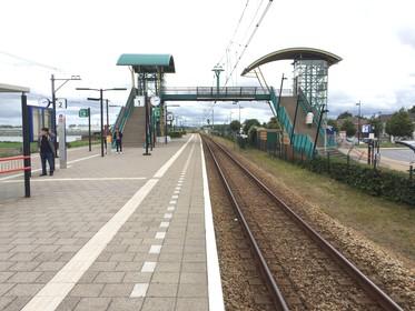 Hillegom wil dat station OV-knooppunt wordt, met weg en parkeerplaats aan westzijde van het spoor