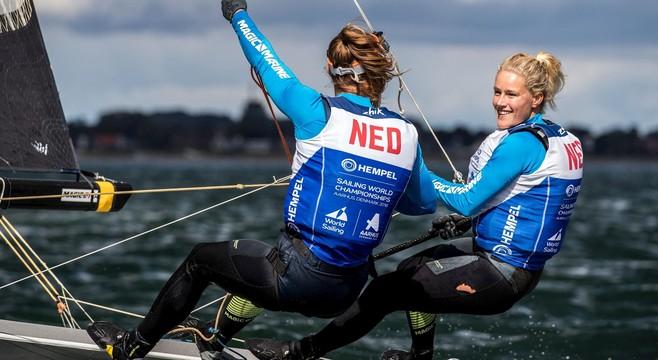 Het litteken van het mislopen van de Spelen blijft bij Naardense Odile van Aanholt (21), maar de liefde voor het zeilen overwint