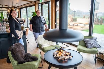 Texelse gezelligheid in nieuw Purmerends restaurant De Jutter: 'Iedereen kent dat fijne eilandgevoel'