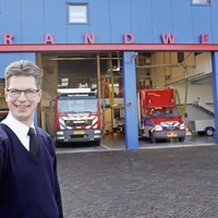 Coördinator Johan Landwaart voor de in 2010 opgeleverde kazerne aan de Kostenhoefse Eslaan: ,,Je moet elkaar voor 200 procent kunnen vertrouwen''.