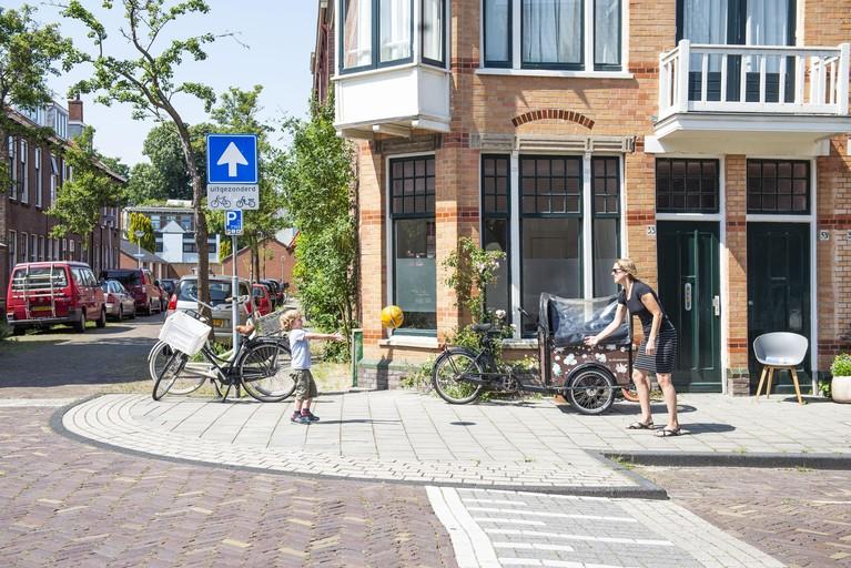 Project L: De wijk verandert maar is nog steeds een dorp in de stad