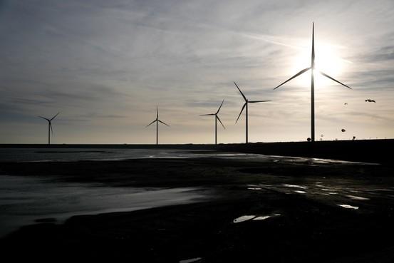 Regiogemeenten verbijsterd: Leiden en Oegstgeest haken af na gesteggel over windmolens en zonneparken