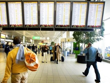 Korte storing computersysteem Schiphol