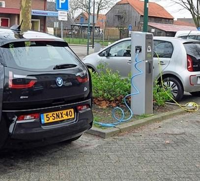 Snel meer laadpalen in Haarlem: nu al 161 oplaadpunten voor elektrische auto's