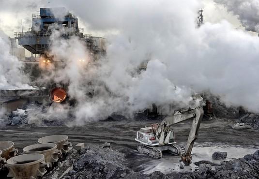 Harsco op terrein Tata Steel krijgt waarschuwing voor stofwolken door shovels